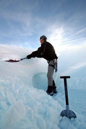 DEEP SNOW SURVIVAL